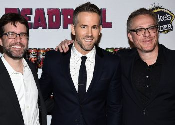 "NEW YORK, NY - FEBRUARY 08:  (L-R) Rhett Reese, Ryan Reynolds, and Paul Wernick attend the ""Deadpool"" fan event at AMC Empire Theatre on February 8, 2016 in New York City.  (Photo by Dimitrios Kambouris/Getty Images)"