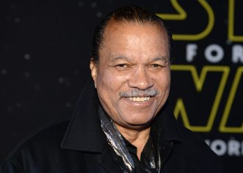 "LOS ANGELES, CA - DECEMBER 14:  Actor Billy Dee Williams arrives at the premiere of Walt Disney Pictures' and Lucasfilm's ""Star Wars: The Force Awakens"", sponsored by Dodge, at the Dolby Theatre, TCL Chinese Theatre and El Capitan Theatre on December 14, 2015 in Hollywood, California.  (Photo by Michael Kovac/Getty Images for Dodge)"