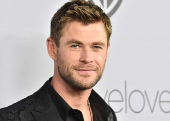 BEVERLY HILLS, CA - JANUARY 07:  Actor Chris Hemsworth attends 19th Annual Post-Golden Globes Party hosted by Warner Bros. Pictures and InStyle at The Beverly Hilton Hotel on January 7, 2018 in Beverly Hills, California.  (Photo by Frazer Harrison/Getty Images)